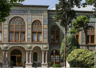 نصب دوربین مداربسته برای تنها اثر جهانی تهران