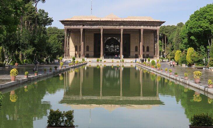 باغ چهلستون در اصفهان