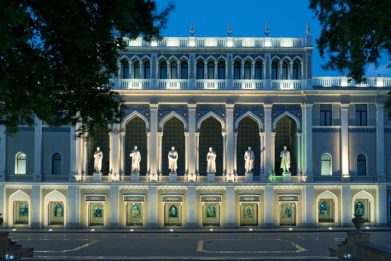 موزه ادبیات نظامی باکو