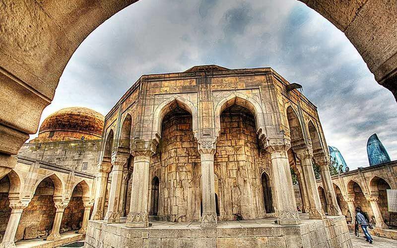 قصر شیروان شاه