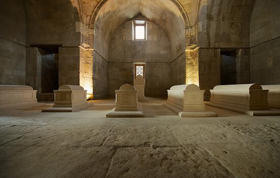 مقبره شیروان شاه