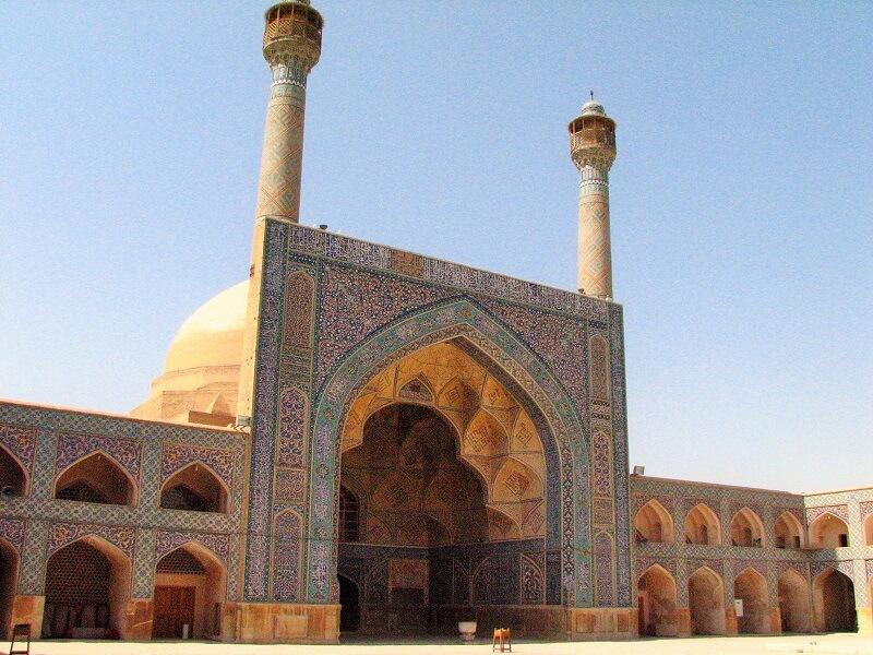ایوان صاحب در مسجد جامع اصفهان