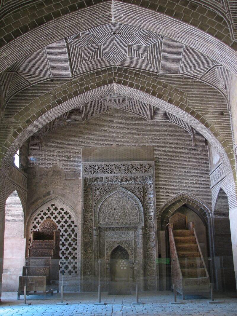 کار خیره کننده محراب الجایتو در مسجد جامع اصفهان