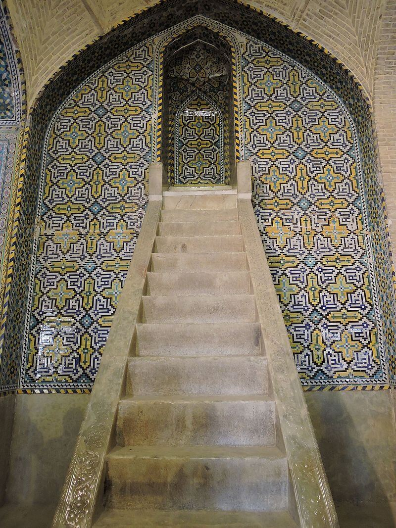 منبر مسجد وکیل