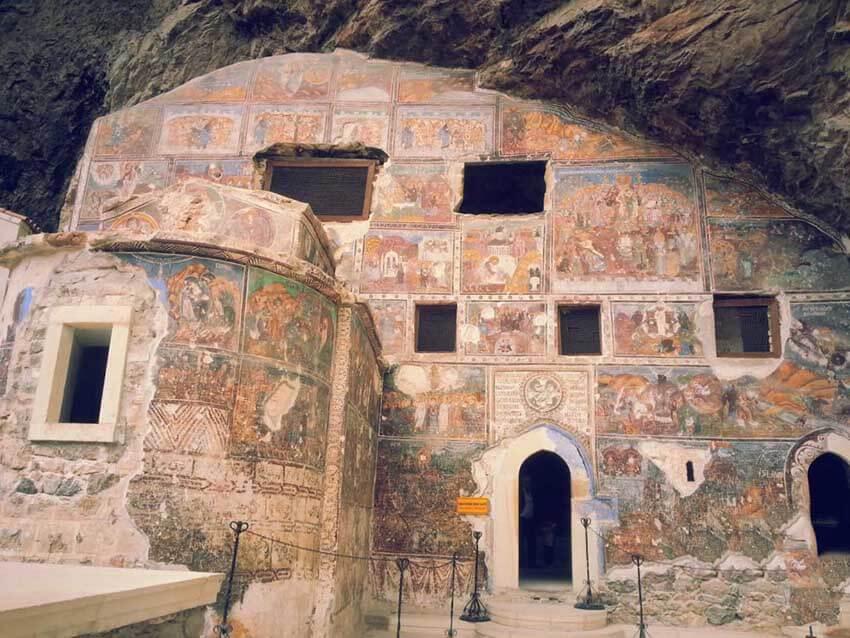ورودیه صومعه سوملا ترابزون