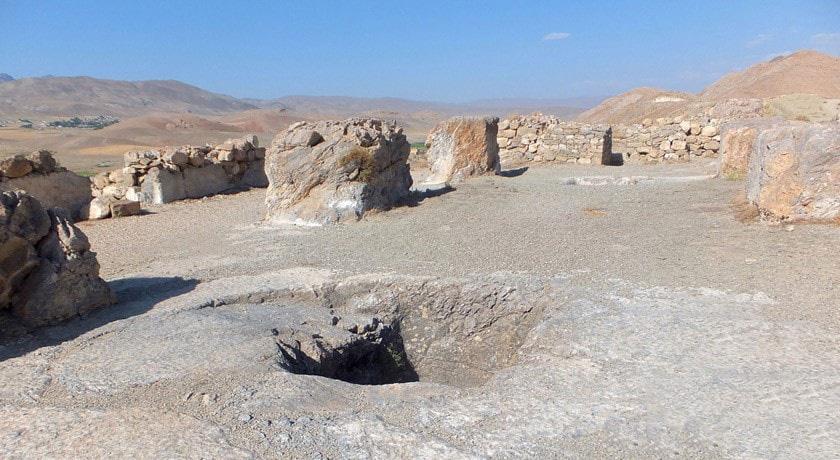 قلعه چاووش تپه یا ساردورینیلی وان ترکیه