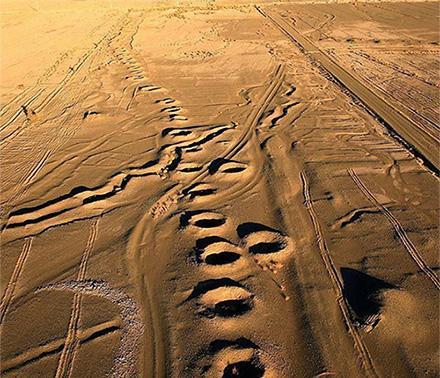 تصویر هوایی از یک رشته قنات